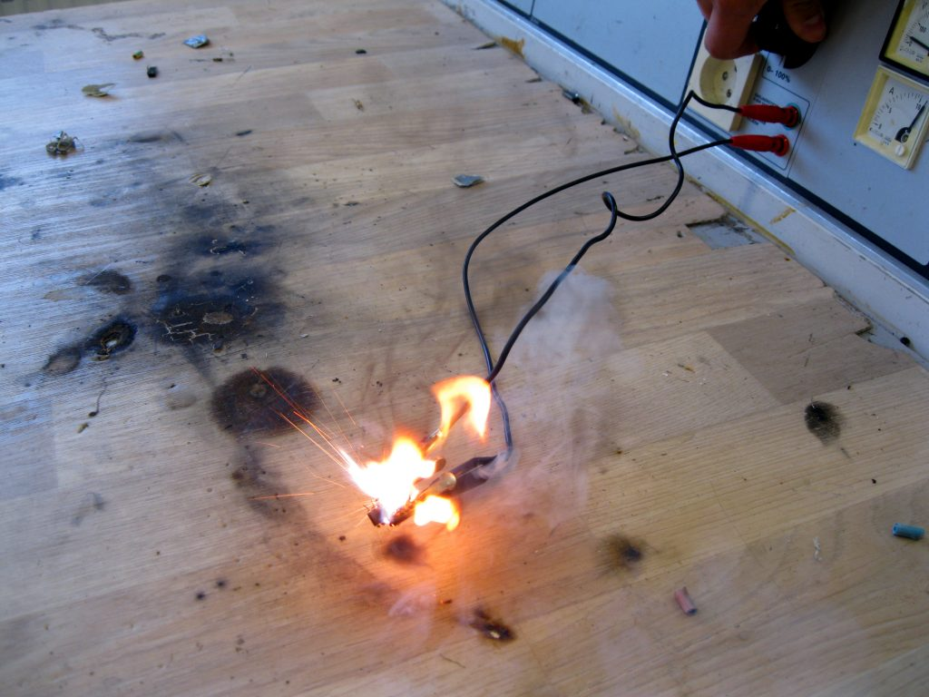 7 Ways You Can Put Out an Electrical Fire Without a Fire Extinguisher