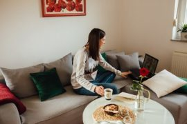 8-Ways-to-Instantly-Feel-Safe-and-Secure-When-Living-Alone
