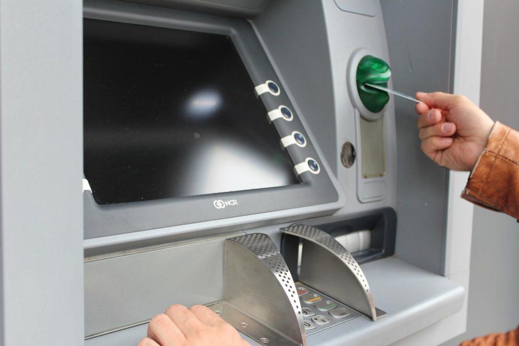 atm-withdraw-cash-map-ec-card-1524870